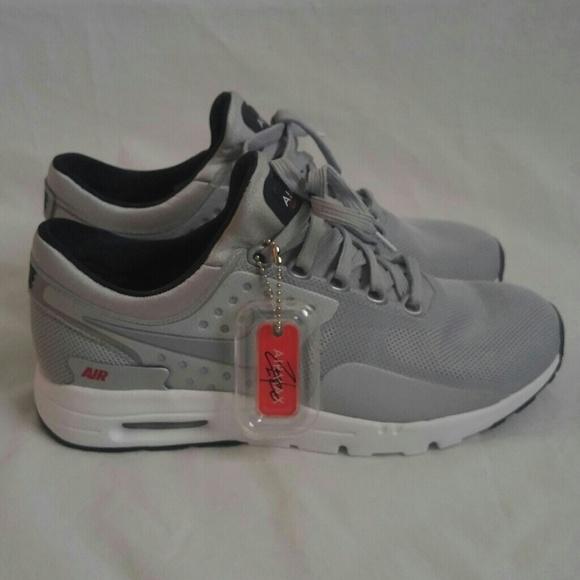 Nike Air Max Zero QS Womens Running Shoes NWT